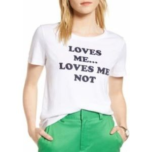 Graphic T - Loves Me T-Shirt